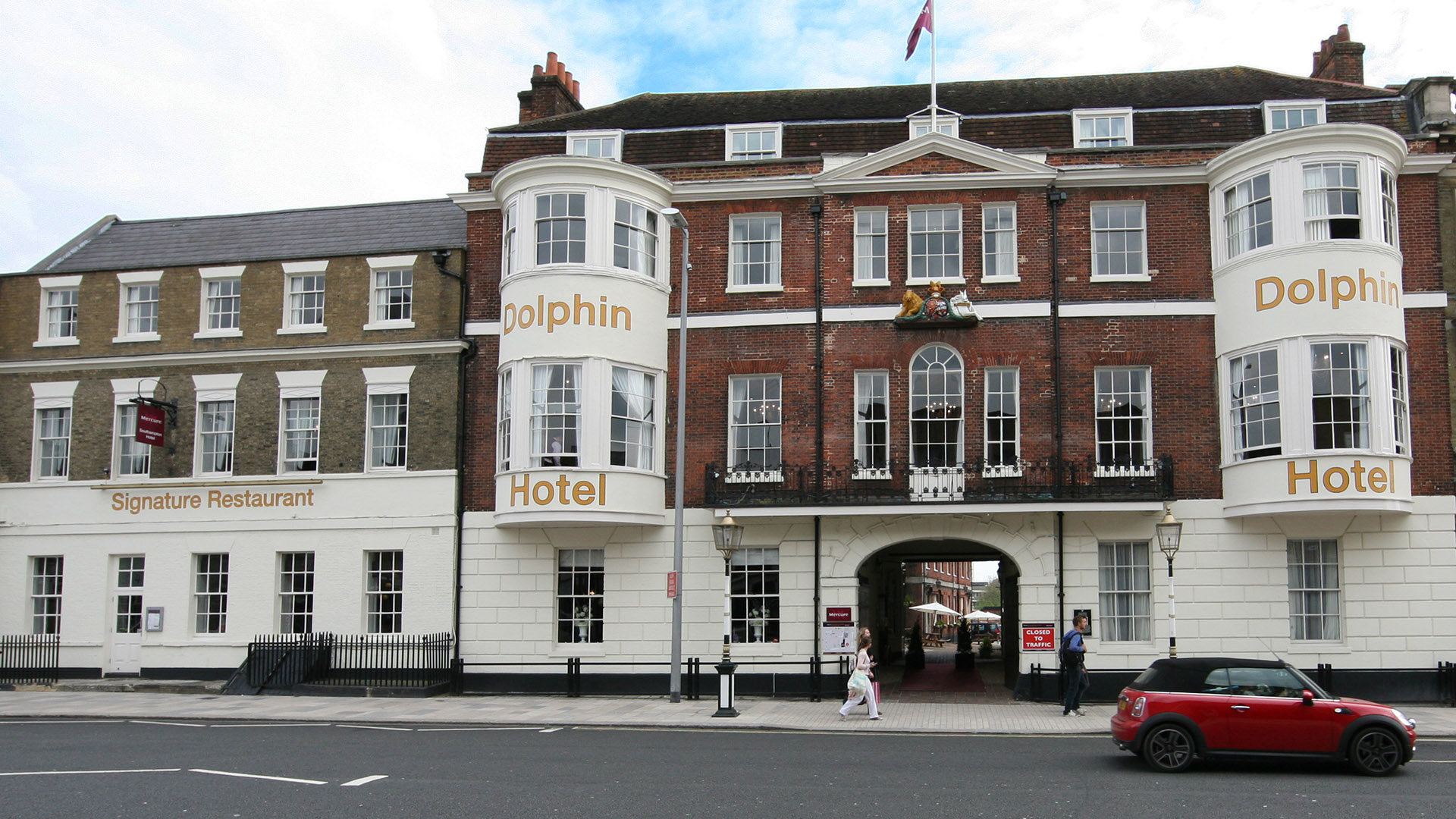 The Mercure Southampton Centre Dolphin Hotel A Superb 4 Start Based In Of