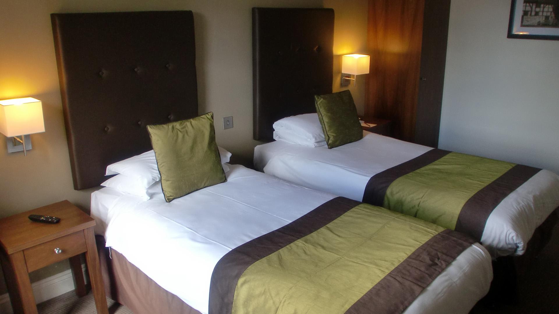 Mercure Southampton Centre Dolphin Hotel Southampton Twin room 1