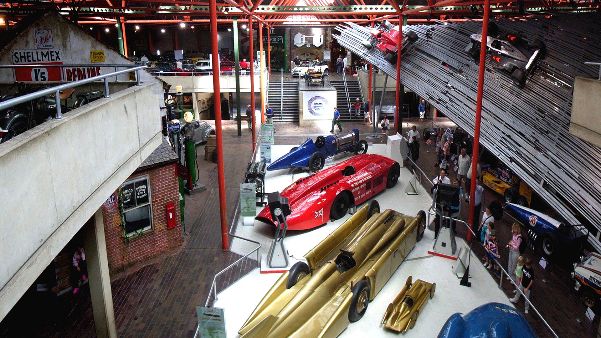 Mercure Southampton Centre Dolphin Hotel Southampton attractions Beaulieu National Motor Museum Hampshire