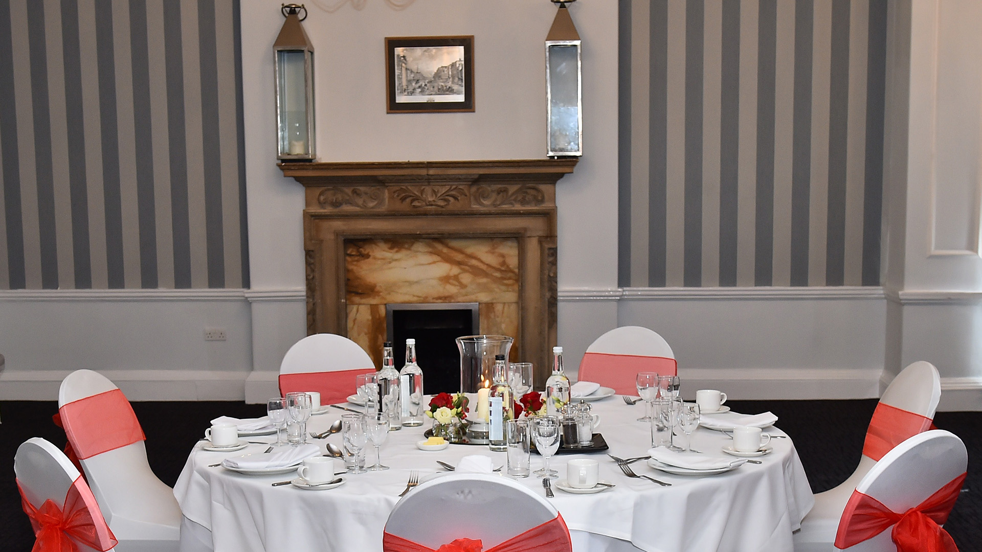 Wedding Venues in Hampshire Mercure Southampton Centre Dolphin Hotel Grand Affair 12
