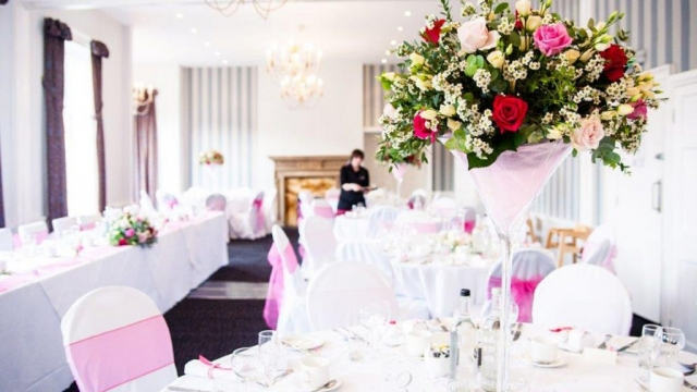 Wedding Venues in Hampshire Mercure Southampton Centre Dolphin Hotel Grand Affair 13