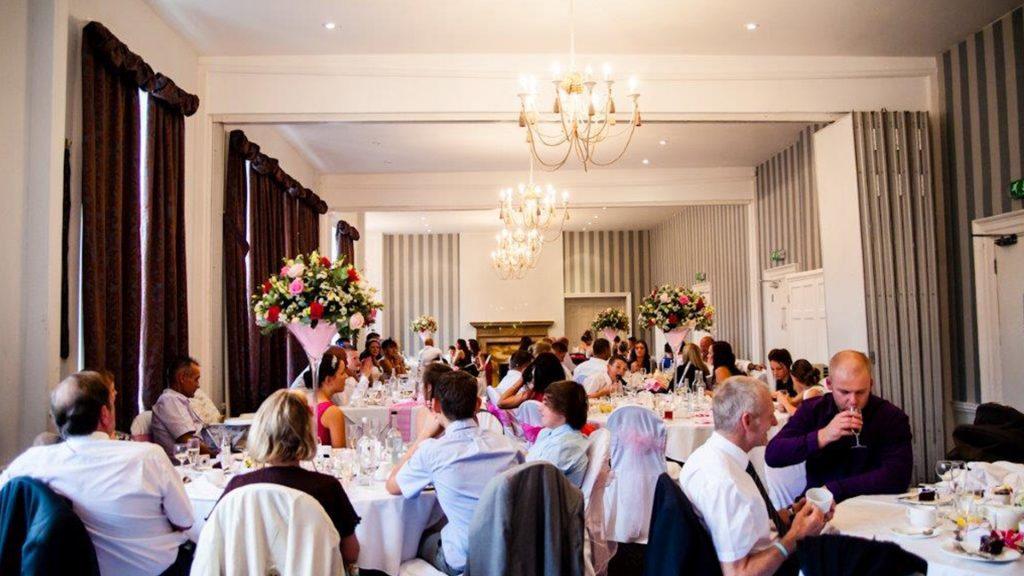 Wedding Venues in Hampshire Mercure Southampton Centre Dolphin Hotel Grand Affair 16
