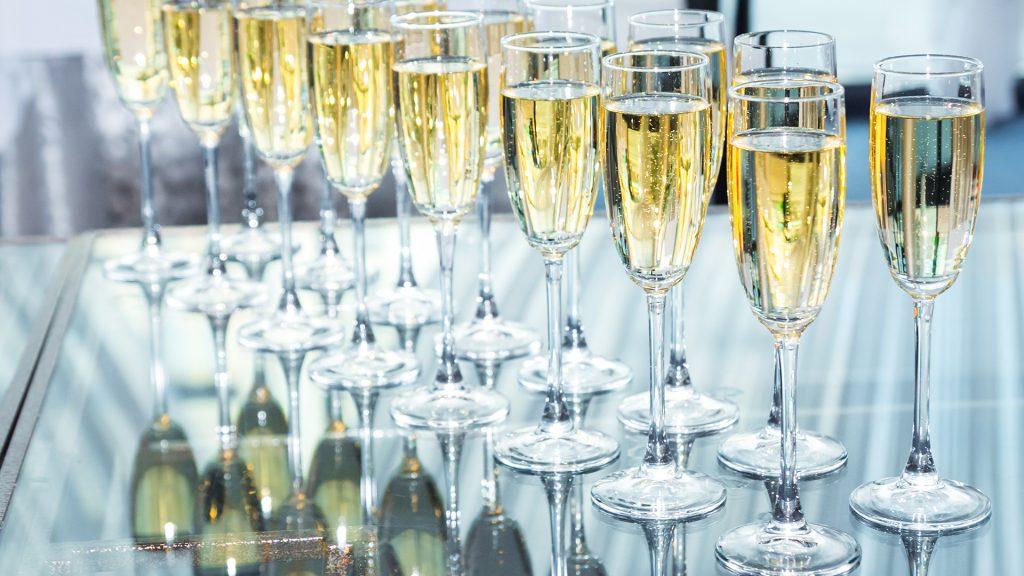 Wedding Venues in Hampshire Mercure Southampton Centre Dolphin Hotel winter wedding venues 1b