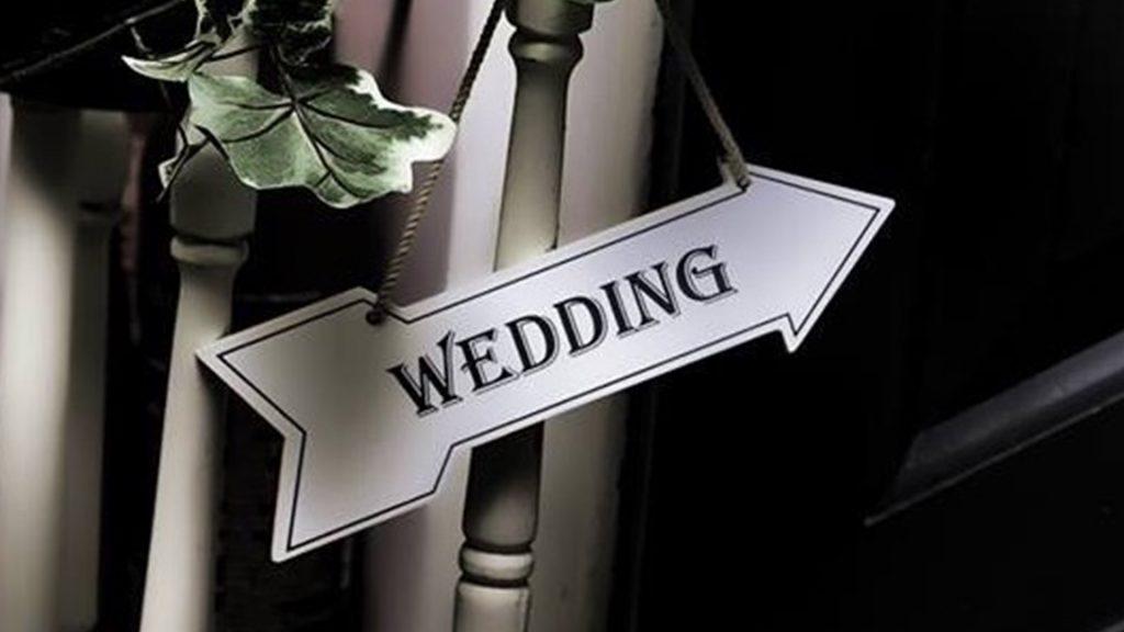 Wedding Venues in Hampshire Mercure Southampton Centre Dolphin Hotel winter wedding venues 3