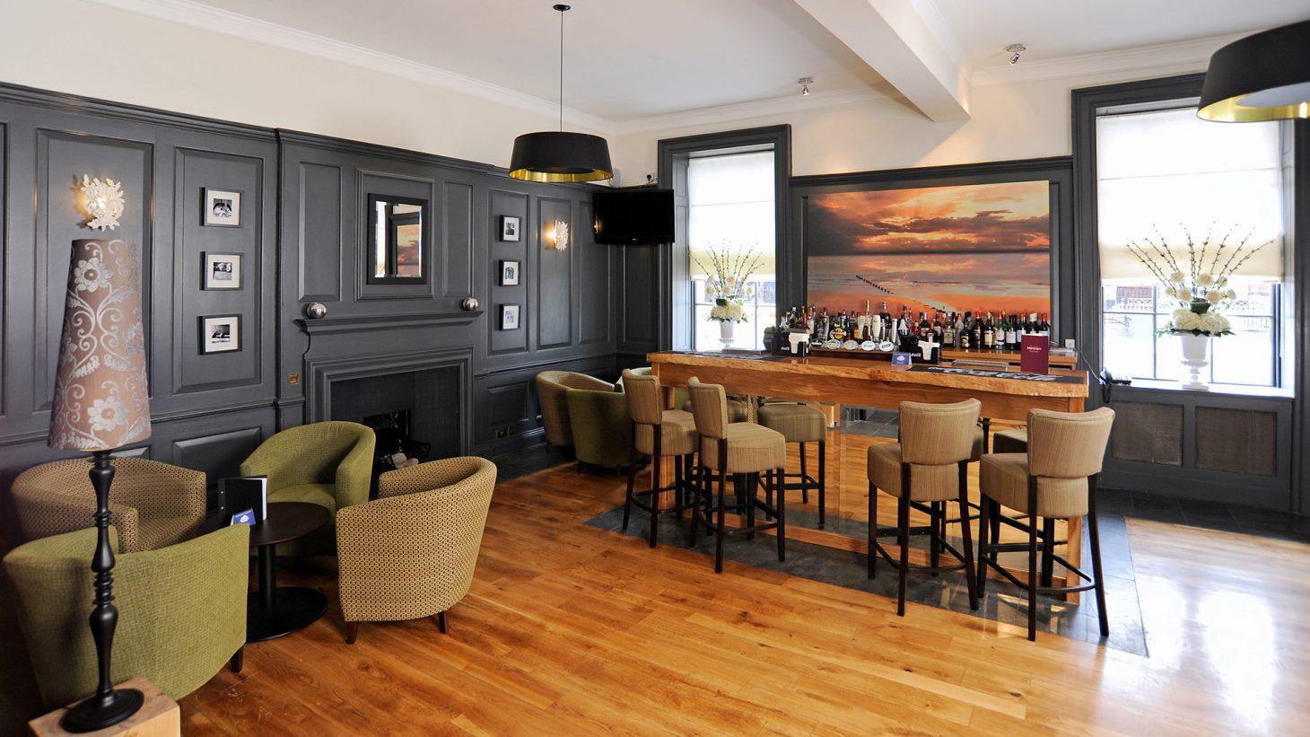 Mercure Southampton Centre Dolphin Hotel Southampton Bar