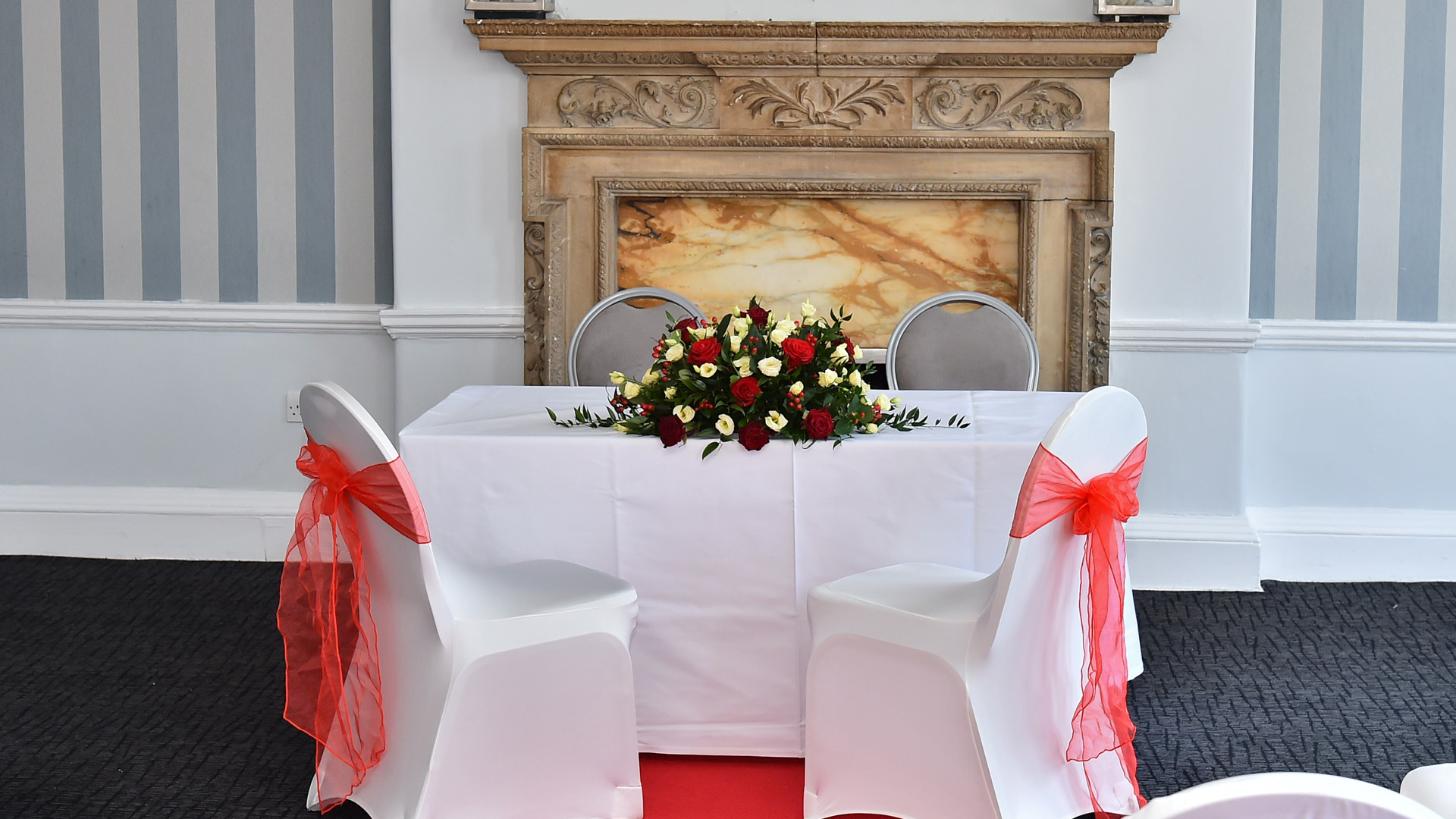 Wedding Offers The Mercure Southampton Centre Dolphin Hotel # Muebles Sivall Sl