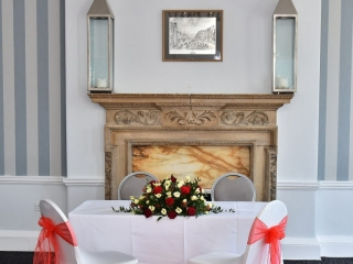Wedding Venues in Hampshire Mercure Southampton Centre Dolphin Hotel Grand Affair 8
