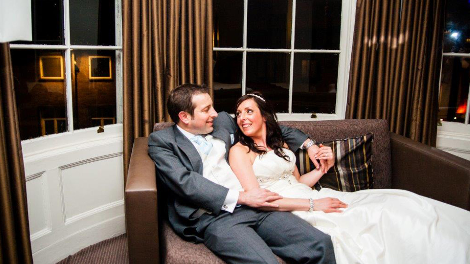 Wedding Venues in Hampshire Mercure Southampton Centre Dolphin Hotel Honeymoon Suite 4