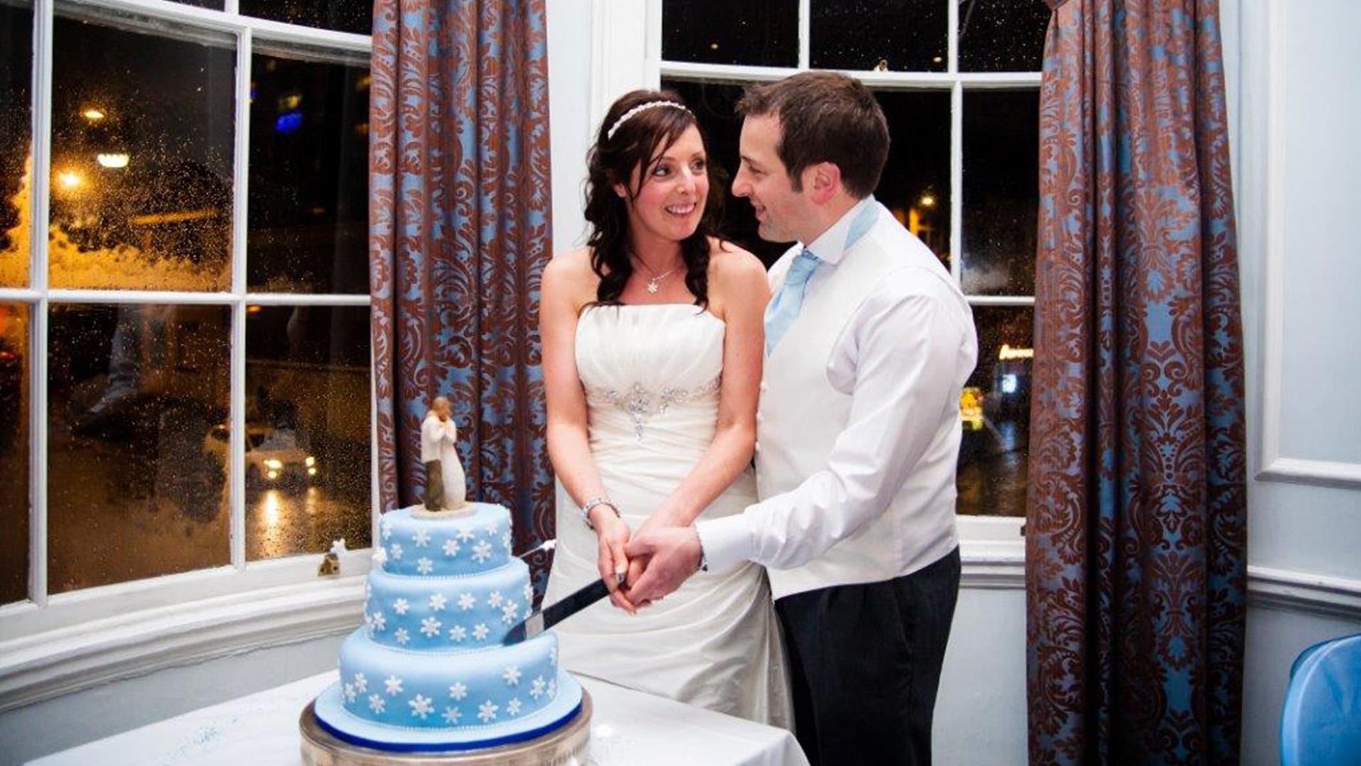 Wedding Venues in Hampshire Mercure Southampton Centre Dolphin Hotel winter wedding venues 8